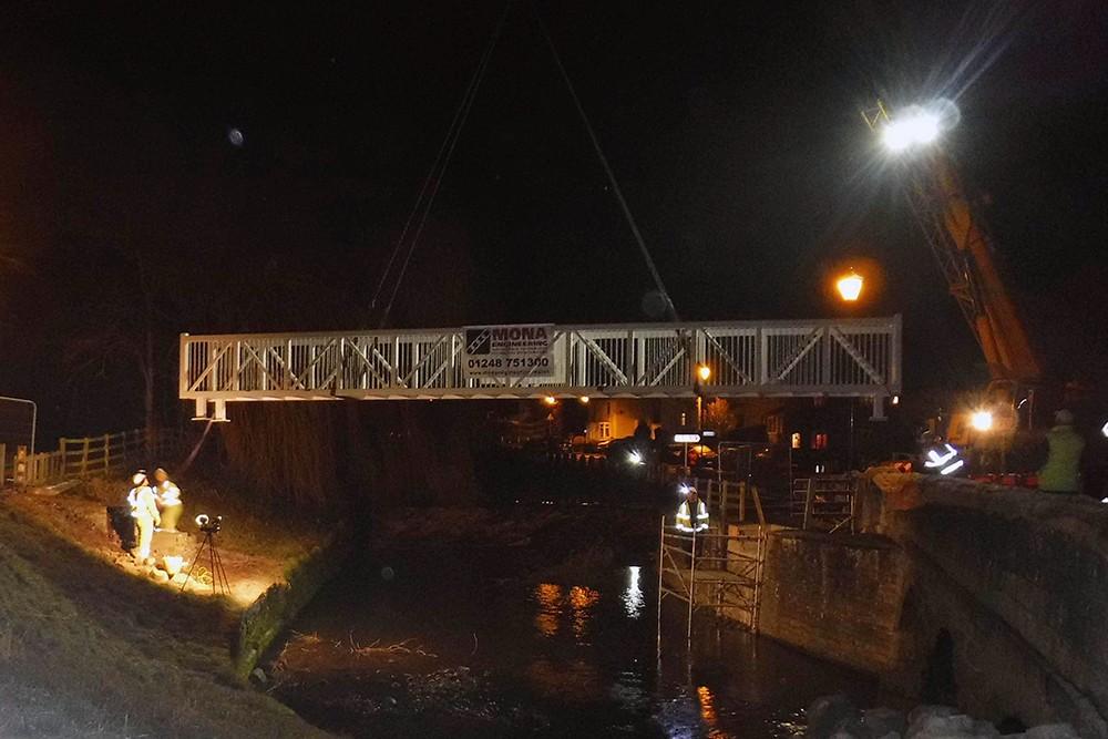 Cyngor Gogledd Swydd Efrog, Pont droed Great Crakehall